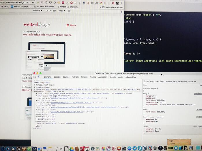 Arbeitsplatz des Webdesigners Thomas Weitzel