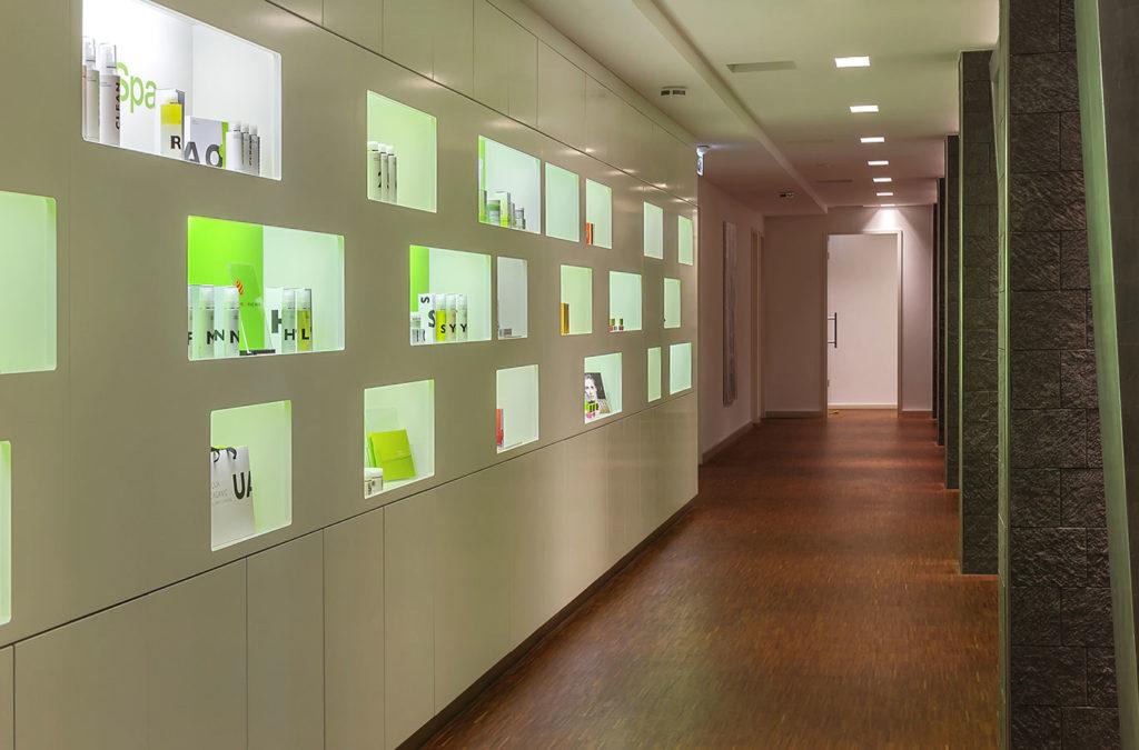 Präsentation der Pfeleserie AQUAOrganic mit dem Design von Saskia Schlarmann.