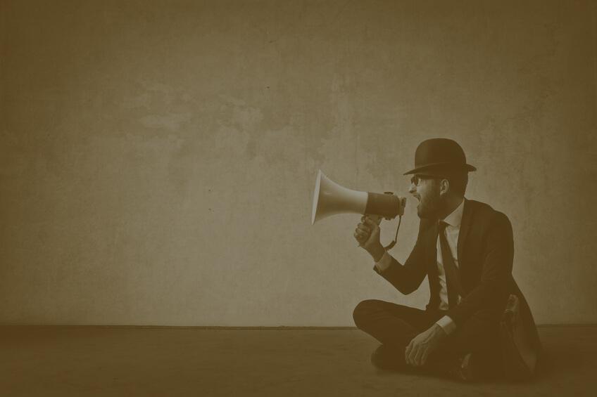 Wie Sie als Introvertierter am Arbeitsplatz besser kommunizieren