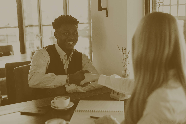 Der ultimative Leitfaden - so überzeugen Introvertierte im Bewerbungsgespräch