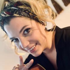 Portrait von Melanie Groß