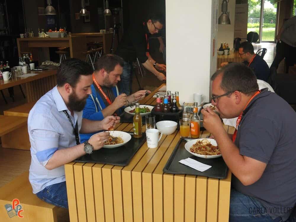 Die Pioneers am Essen