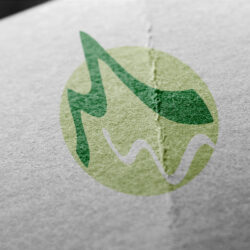 Für einen Reiseführer wurde ein Logo mit den Initialien M.W. Entwickelt. Das M wirkt wie Berge, das W wie ein darunter fließender Bach.