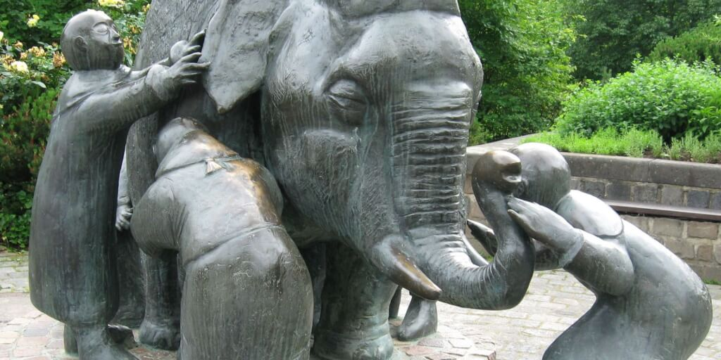"Do Change Initiatives in Companies really make the ""Whole Elephant"" visible?"