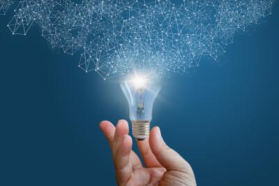 iStock 670953786 netweork of learning from lightbulb