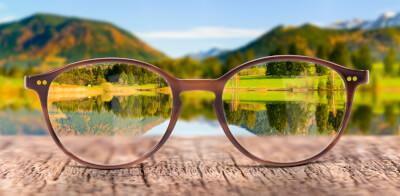 iStock 1213899394 seeing nature thro glasses