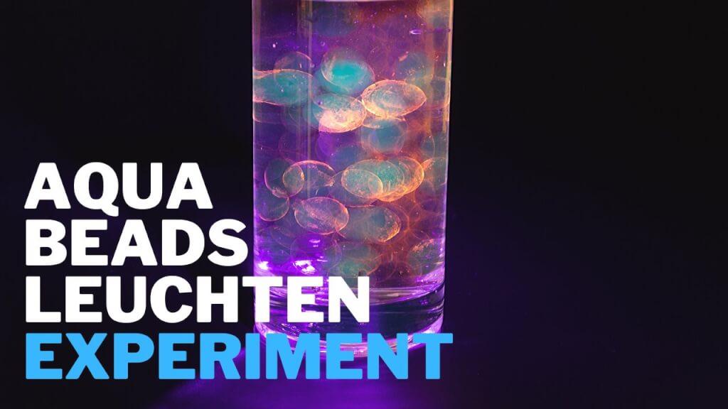 Leuchtende Wasserperlen - Experiment für Kinder