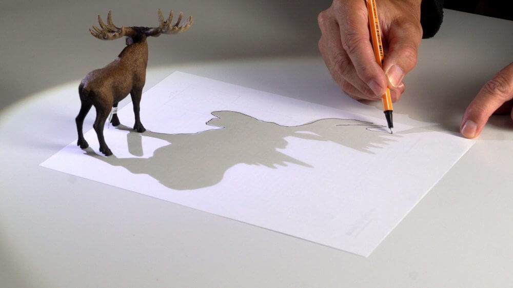 Ich zeichne die Kontur des Schattens nach