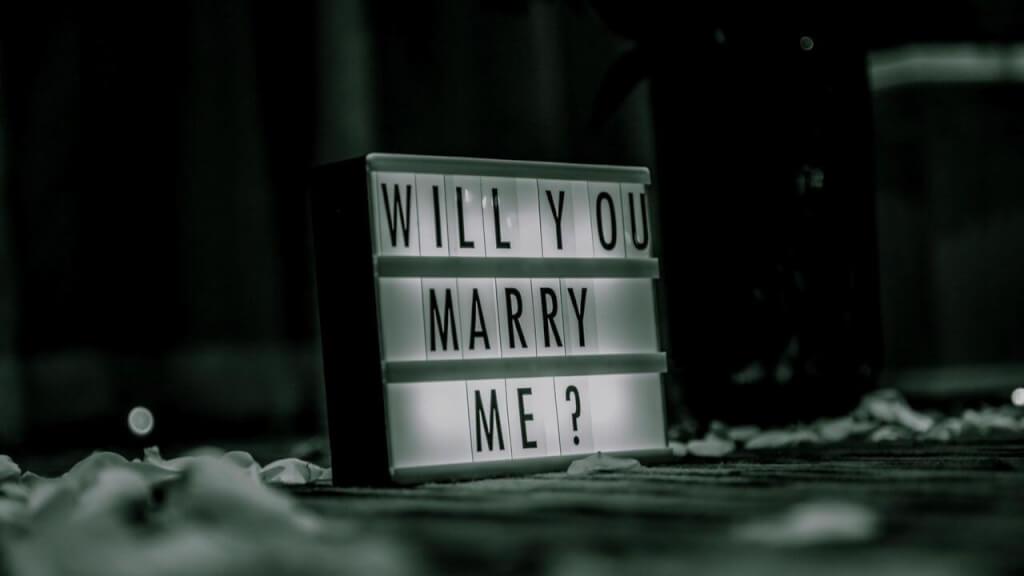 Die 7 schönsten Hochzeitsanträge auf YouTube!
