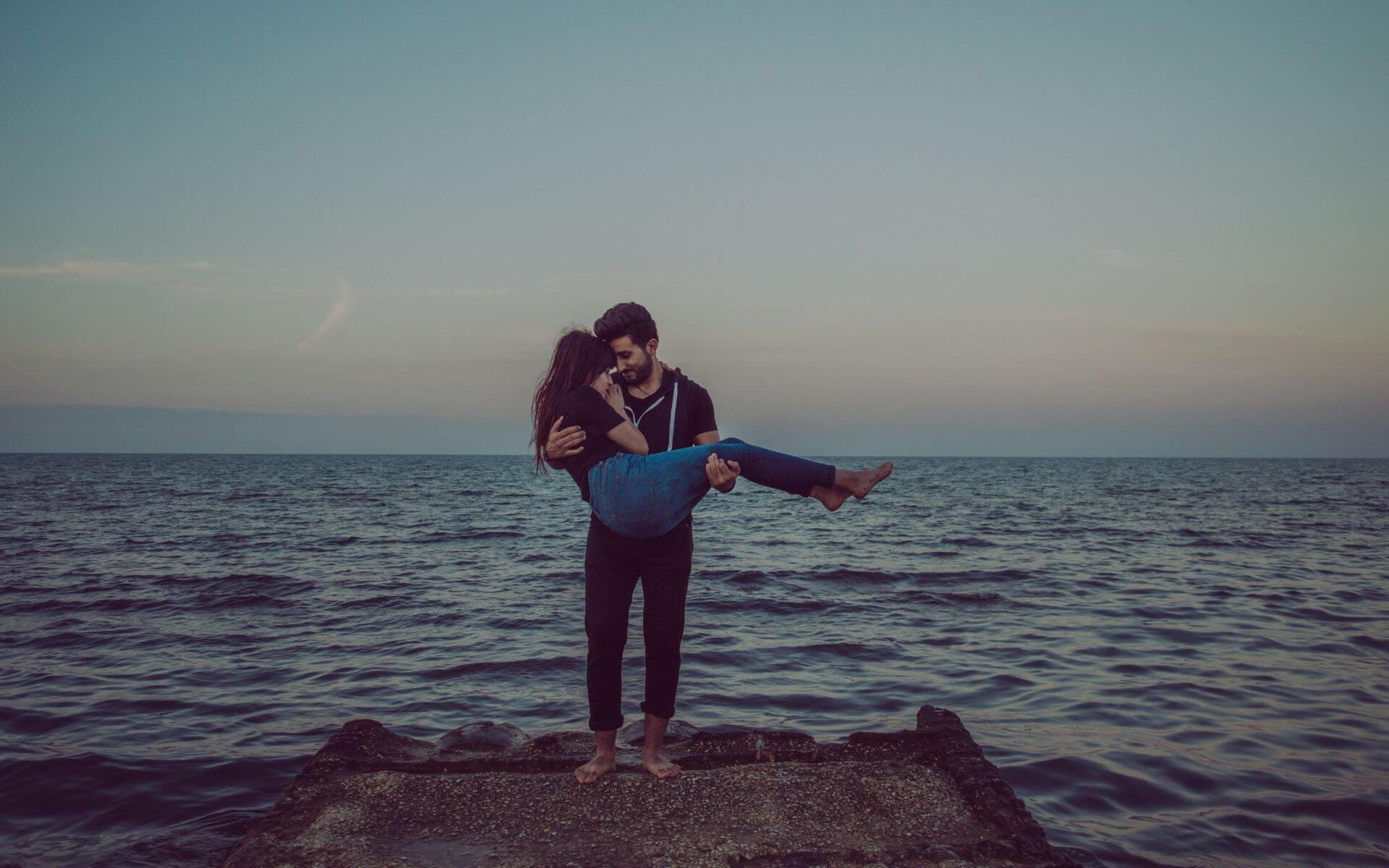 5 Dinge die ein Mann nur tut, wenn er dich wirklich liebt!