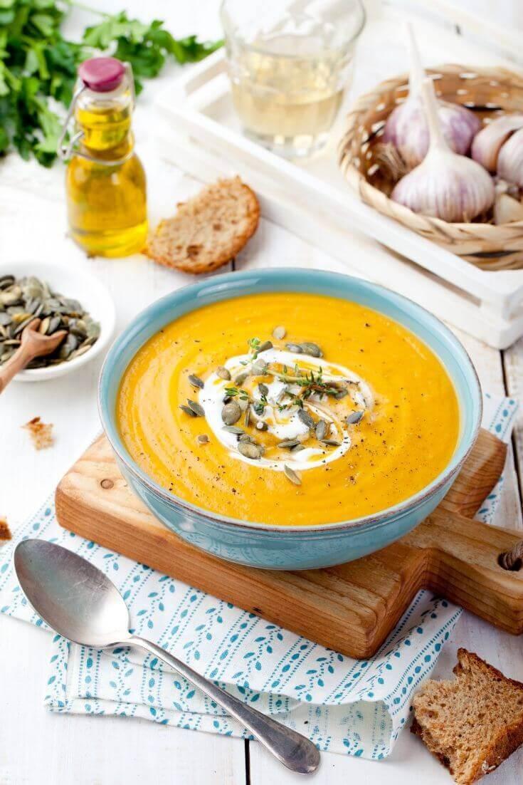 Kürbissuppe mit Ingwer und Kokosmilch | MILAMAGAZIN