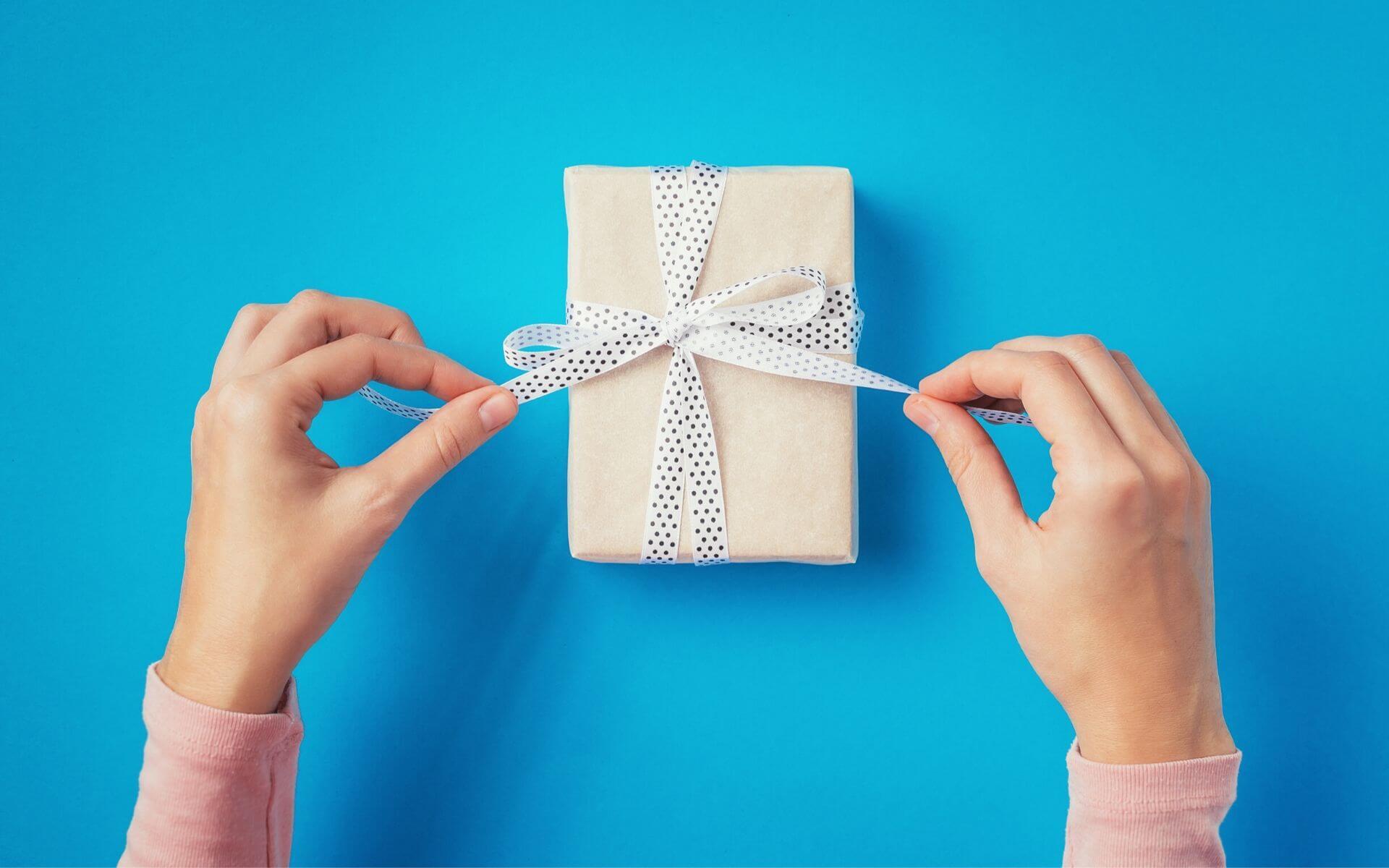 Die besten Geschenke für Brüder zu jedem Anlass