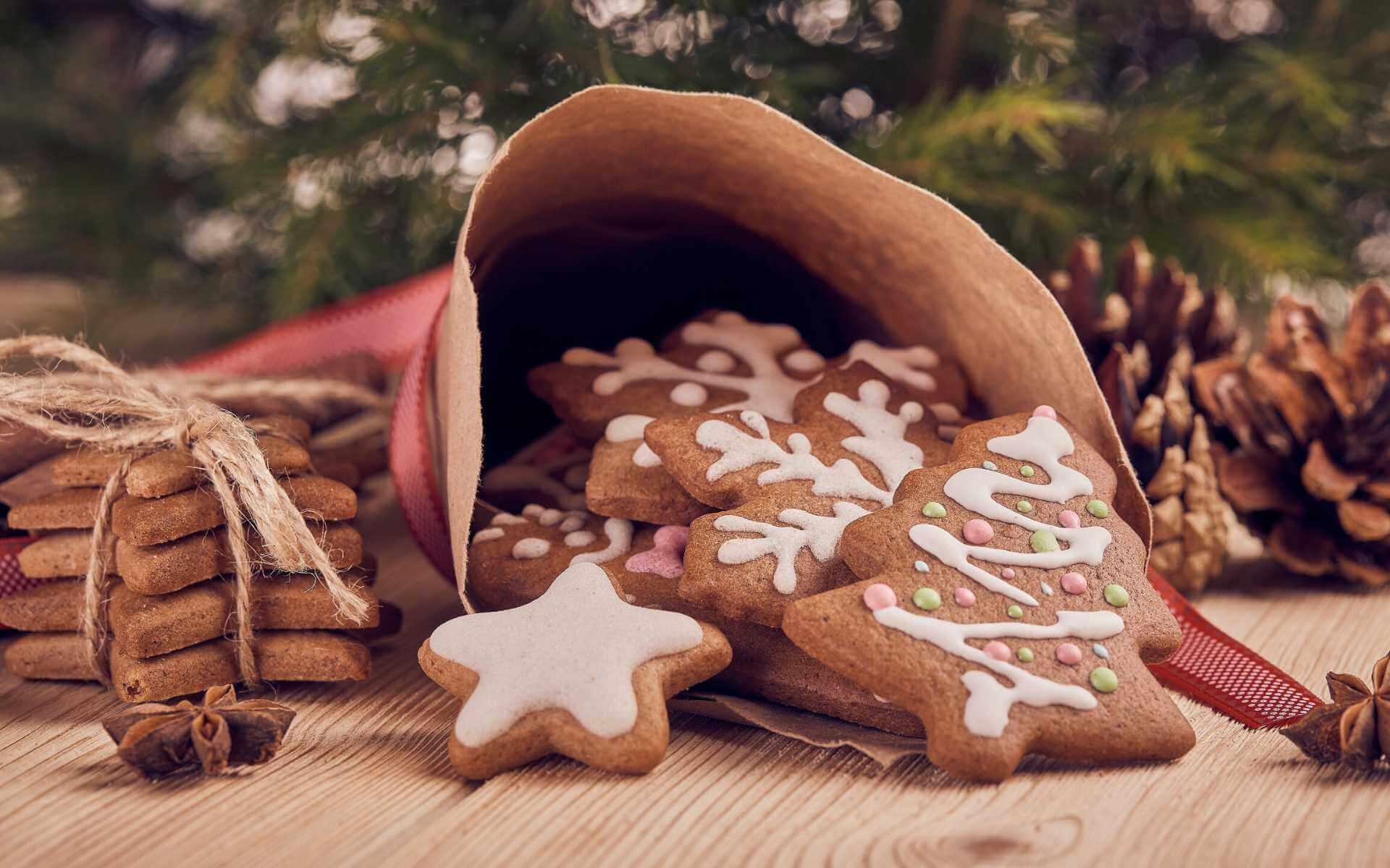 5 Plätzchen Rezepte, die dich in Weihnachtsstimmung bringen!