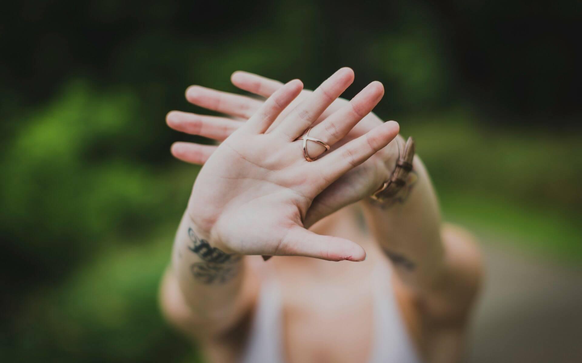 31 schlechte Anmachsprüche, die wirklich keine Frau hören will!