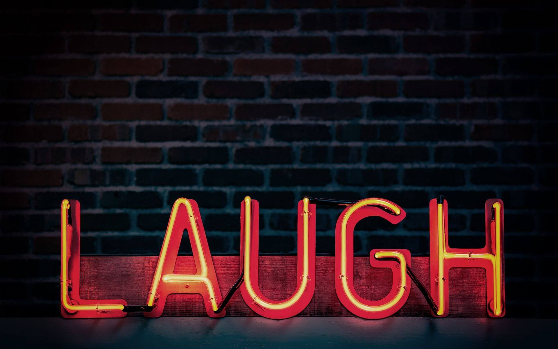 674 lustige Sprüche, die dich vom Hocker hauen werden!