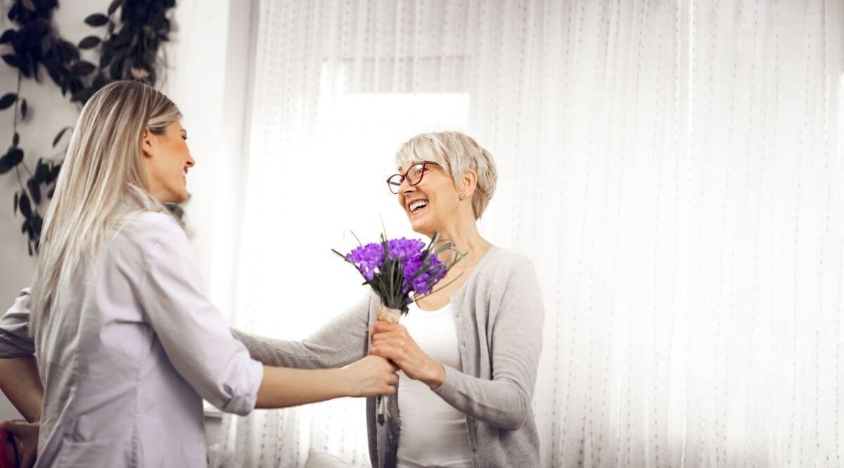 31(+) wunderbare Geburtstagswünsche für deine Schwiegermutter