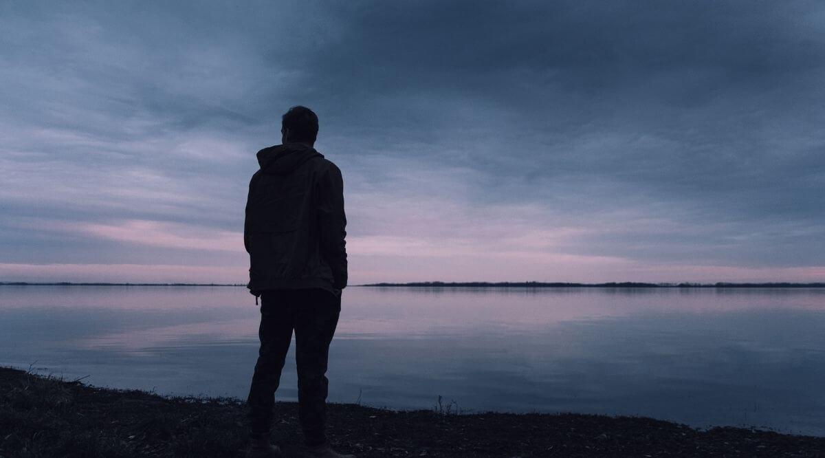 31 traurige Sprüche, die dir wirklich ans Herz gehen werden