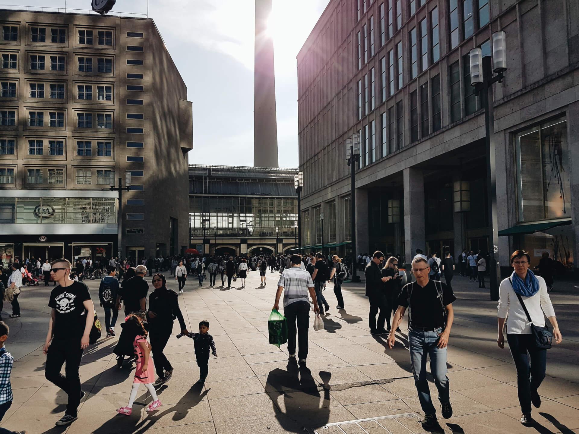 Menschen-Berlin-Alexanderplatz