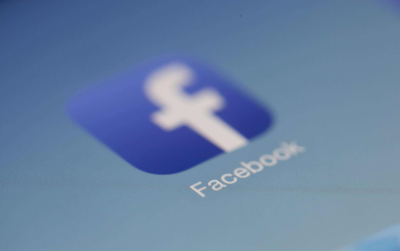 Automatische Sofortantworten für deine Facebook-Seite aktivieren