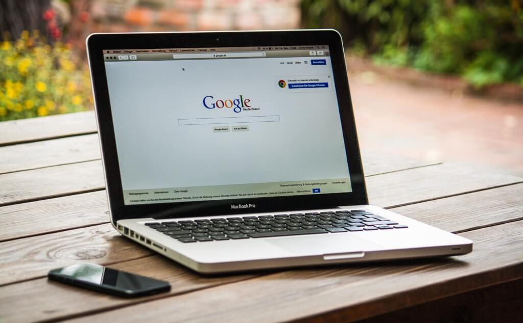Deinen kostenlosen Google Brancheneintrag einrichten