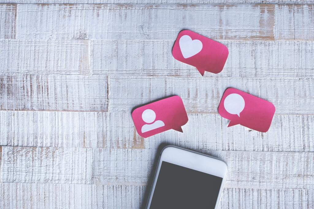 Postings bei Facebook und Instagram einplanen und zeitversetzt veröffentlichen