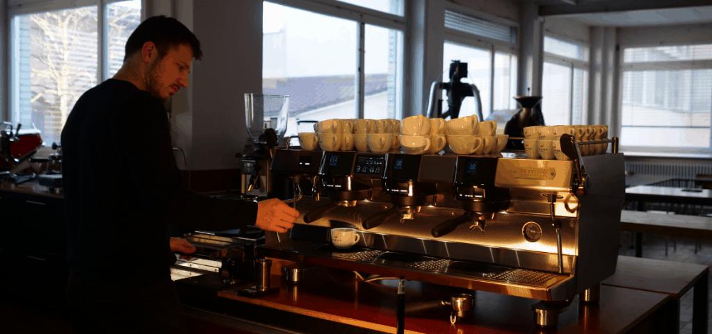 Espresso Zubereitung mit Waage