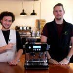 Espressomaschinen-Testerin