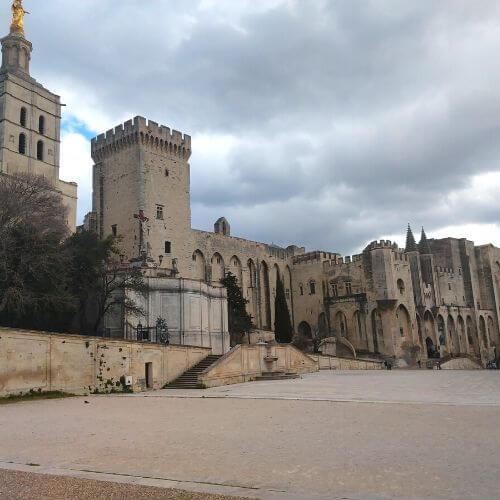 Avignon und seine Päpste. Ein Stadtspaziergang