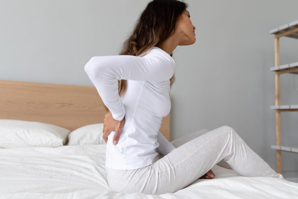 Rückenschmerzen nach dem Schlafen - Woher kommen Sie und was kannst du dagegen tun?