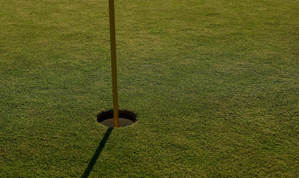 Podcast: So teuer kann ein Glückstreffer im Golf ohne Hole in One Versicherung werden