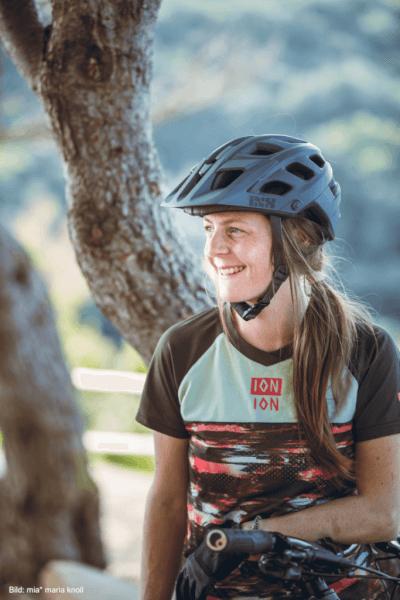 Claudia Wolf ist Sport- und Gesundheitswissenschaftlerin und Gründerin von BUCKETRIDE