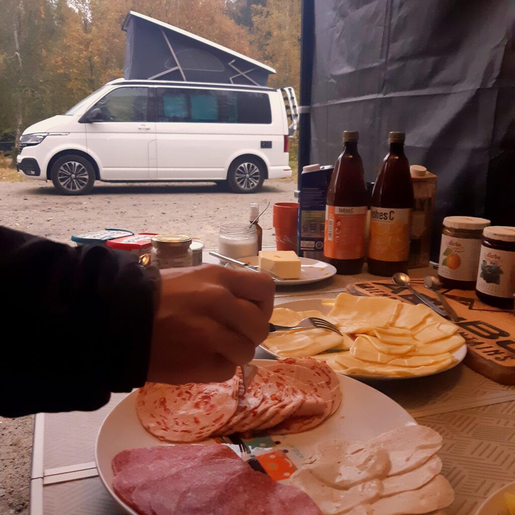 Frühstück ist beim Camp and Ride im Bikepark Geisskopf inklusive