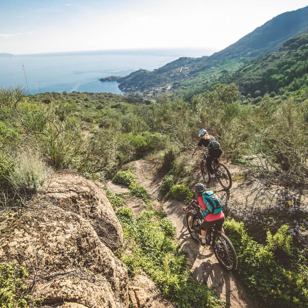 Die Mountainbike Reisen in der Toskana halten unzählige Trails bis ans Meer bereit