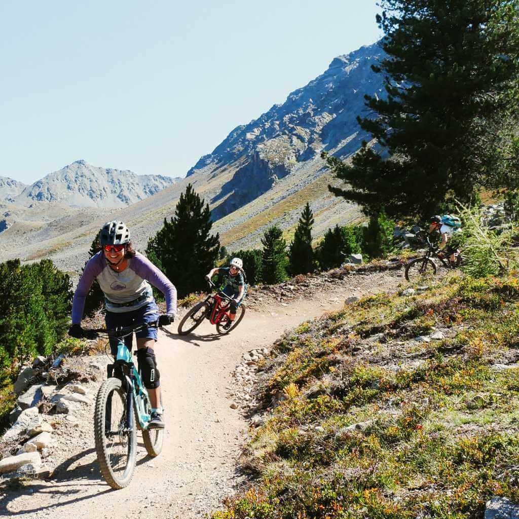 Bike Camps am Reschensee auf den 3-Länder Enduro Trails