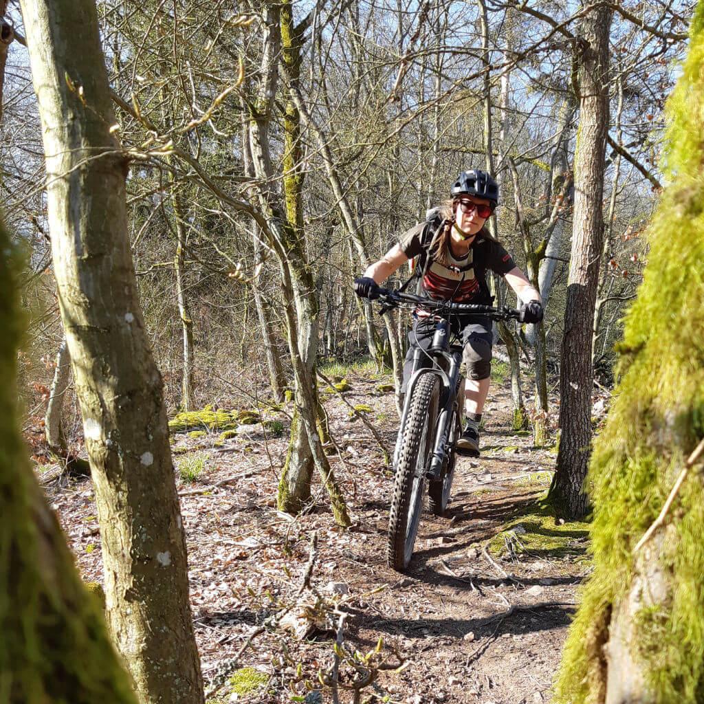 Steiler Singletrail beim MTB Kurztrip Bayerischer Wald