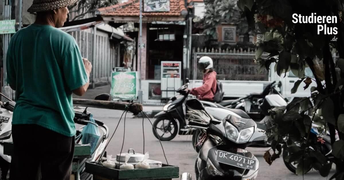 Bali Verkehr ~ Wie du dich mit dem Roller im balinesischen Straßenverkehr zurecht findest
