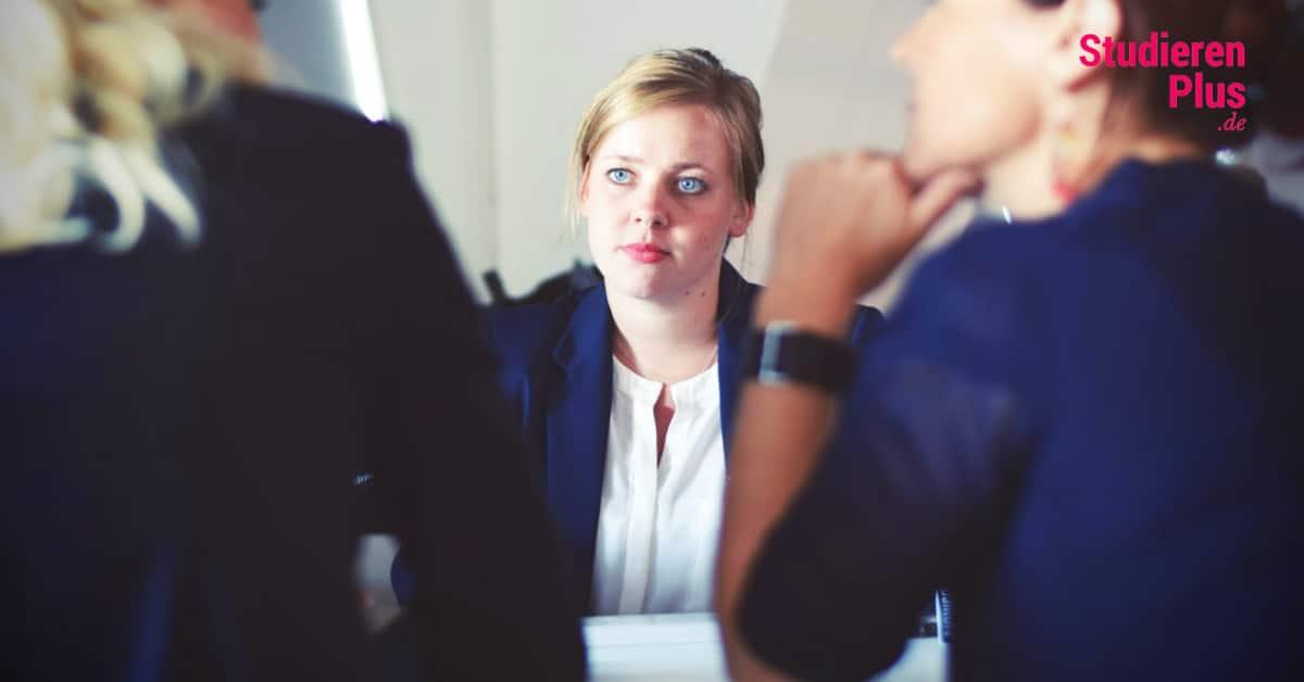 10 wertvolle Bewerbungsgespräch Tipps für deinen Berufsstart