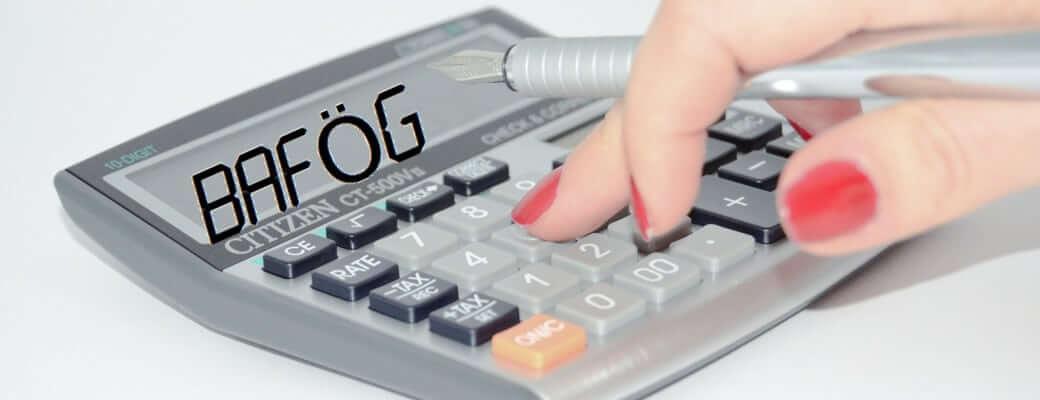 BAföG Rechner für alle Förderarten schnell und einfach BAföG berechnen