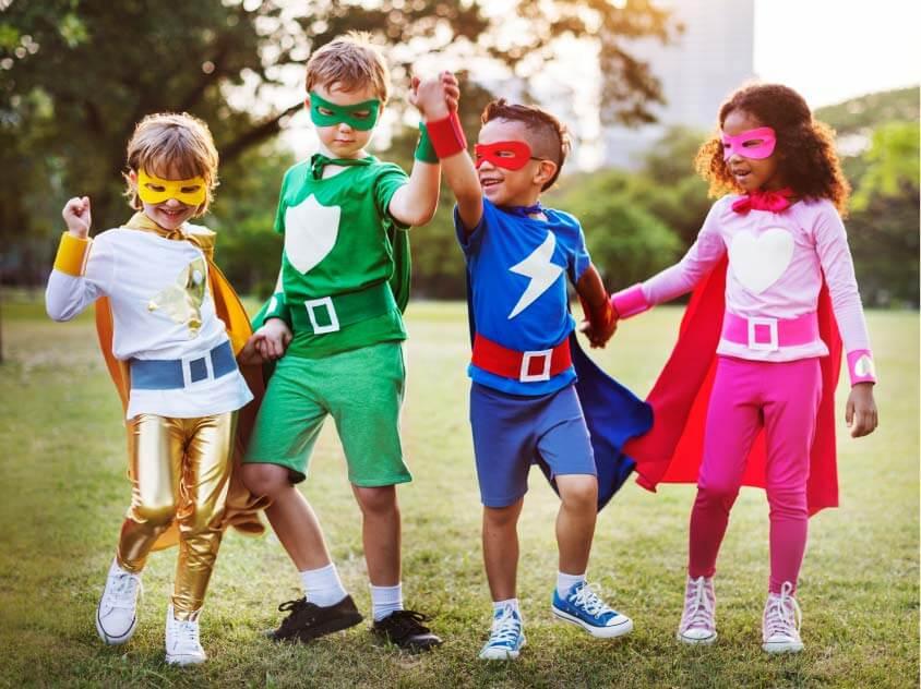 Gruppendynamik von Kindern Superhelden Kinder