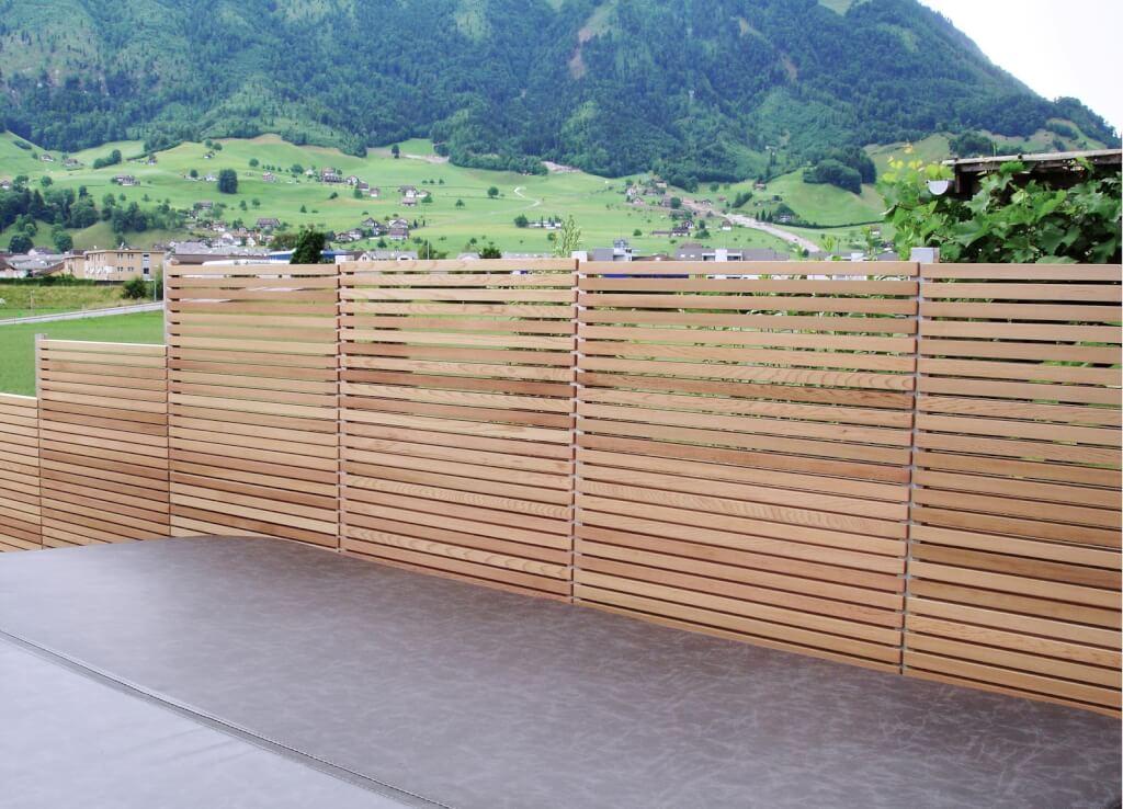 Sichtschutz Wand aus Holz Schweiz 8