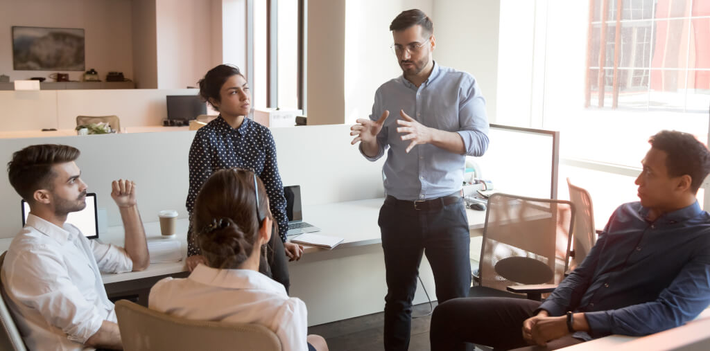 Besteht Dein Vertrieb aus Kundenbetreuern oder Sales Managern?