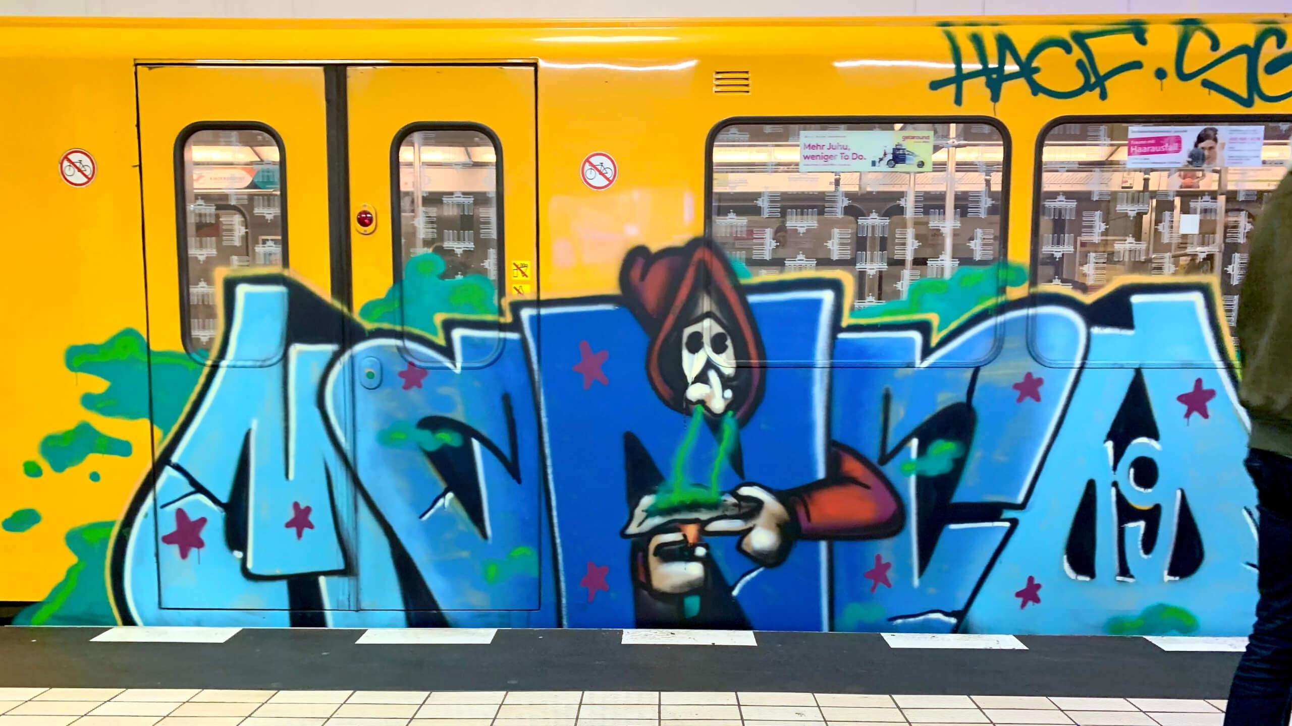 bekky bekks blog trainwriting02