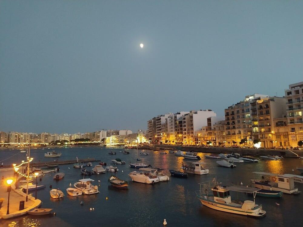 Malta Spinola Bay