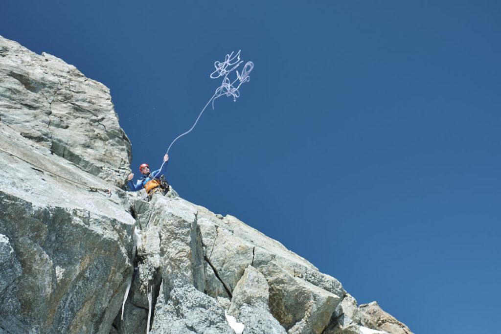 Mischu wirft vom sicheren Stand das Seil aus - ein Sujet, das wir unbedingt haben wollten.