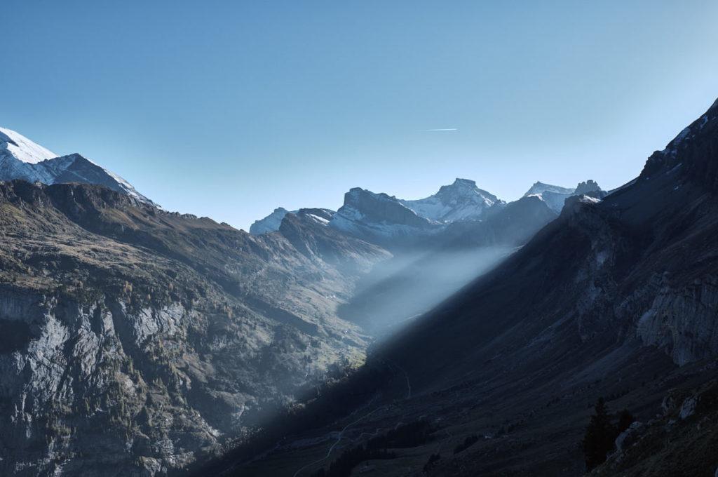 Abenstimmung vom Klettergebiet Ueschenen aus.