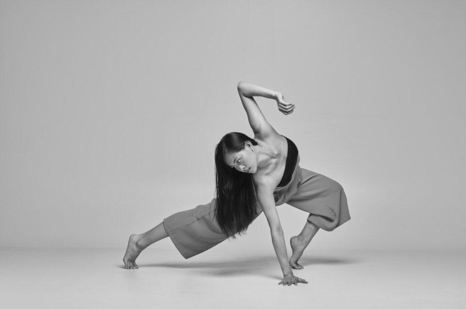 Tanzimprovisation im Fotostudio