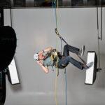 Patrick Stoll ist Level 1 zertifiziert für Arbeiten am hängenden Seil.
