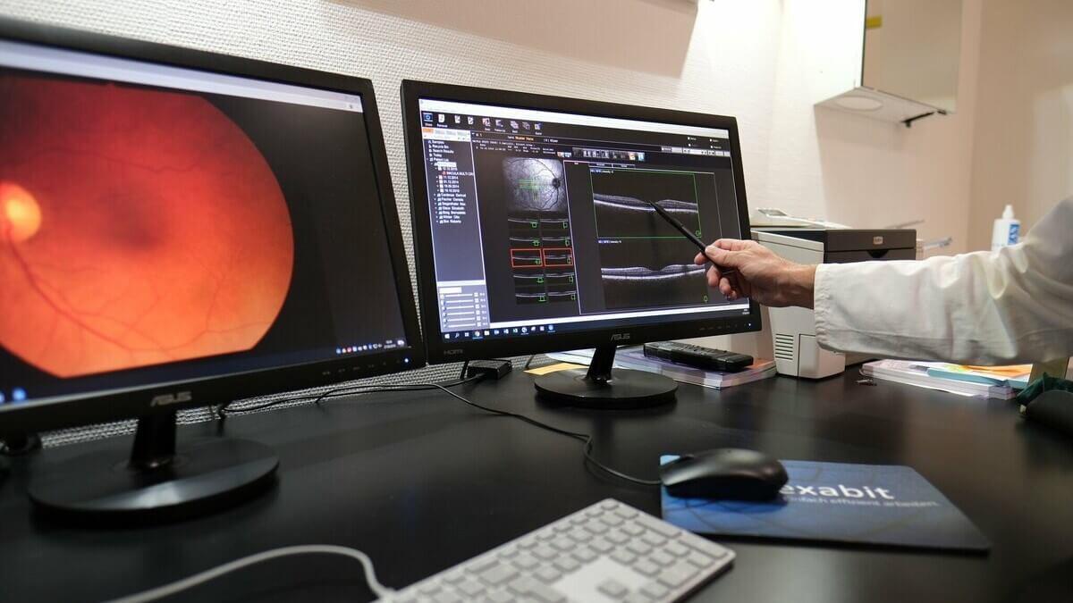 Im Augenzentrum Visuell in Schaffhausen werden Patienten kompetent beraten und operiert.