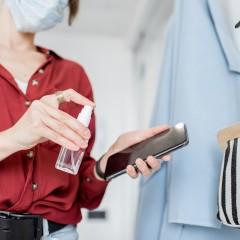 Wie Sie Ihr Telefon und andere elektronische Geräte desinfizieren